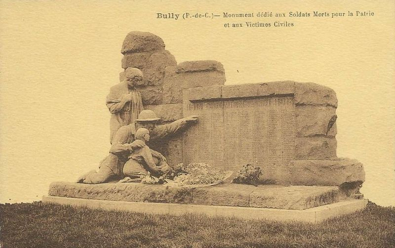 Fichier:Bully monument aux morts 2.jpg